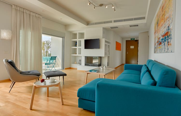 Scale Suites - Penthouse Excelsior Residence