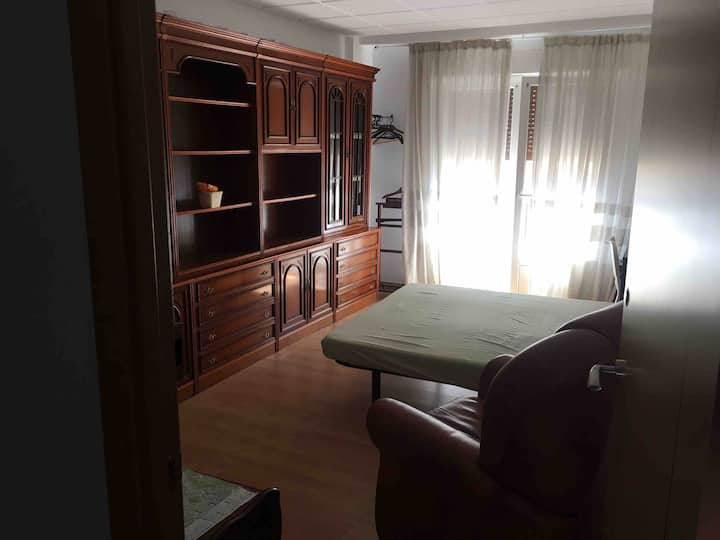 Se alquirar room E share apartment  just renovated