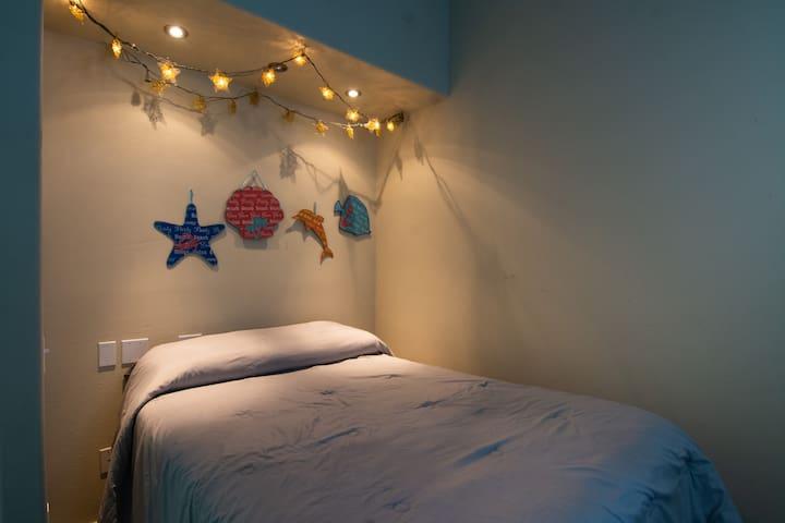 2nd Bedroom- Fullsize