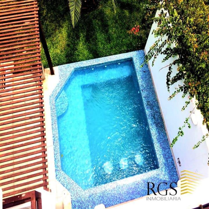 linda casa de playa con piscina
