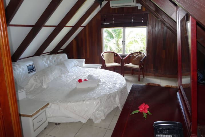Moonlight Beach Villa Room - La Digue