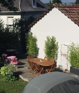 Un appartement de caractère unique - Mulhouse - Apartemen
