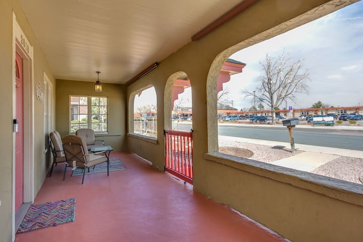 Covered front porch - perfect for hanging out!