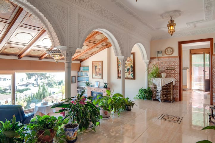 Exclusive arabic riad perfect for relax by the sea