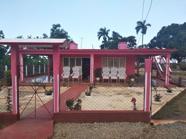 Villa Gustavo y Mary (Finca ecológica de frutales)