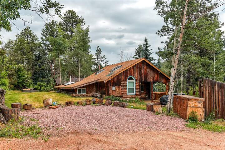 'Starry Nights' 3BR Green Mountain Falls Cabin - Green Mountain Falls - Stuga