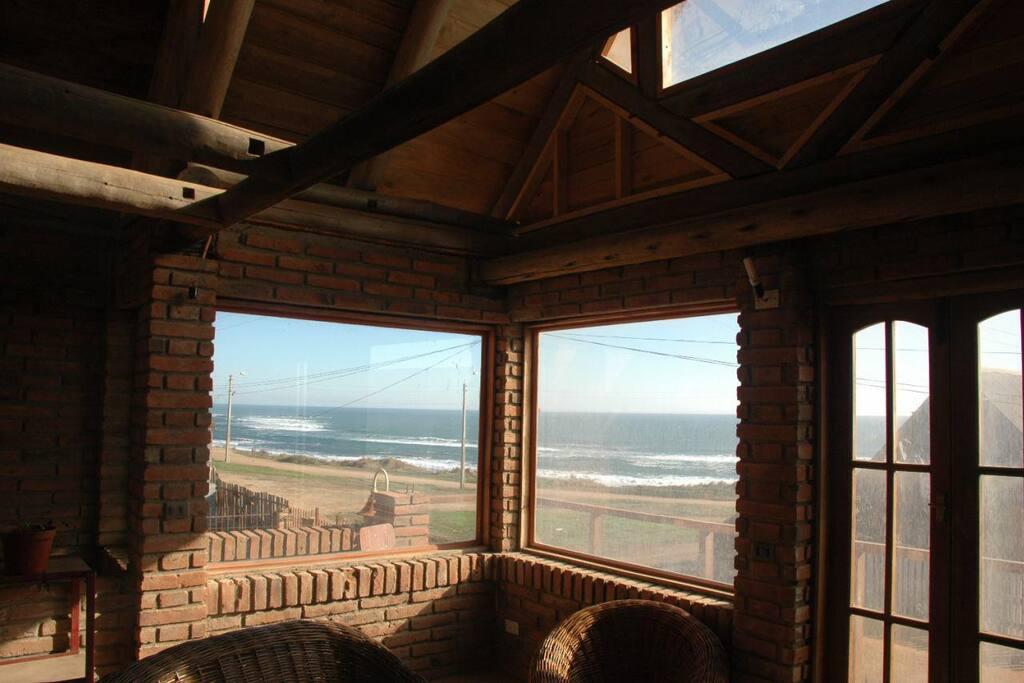 Ocean views of Infernillo surf break.
