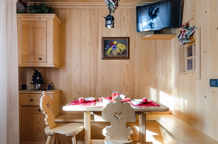 Pralonghino: lovely apartement for 2 people, WIFi and terrace