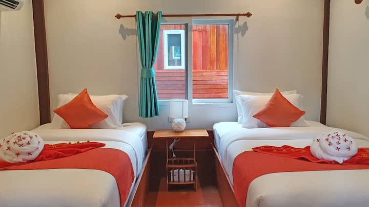Koh Jum Delight Beach Standard Twin Room