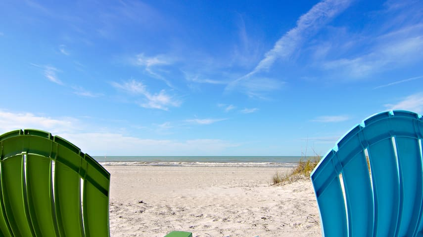 Spectacular View of Pass-A-Grille Beach!