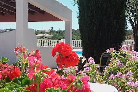 House - 15 km from the beach - Silves