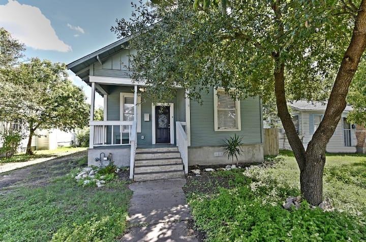 1908 Casa Feliz!!!