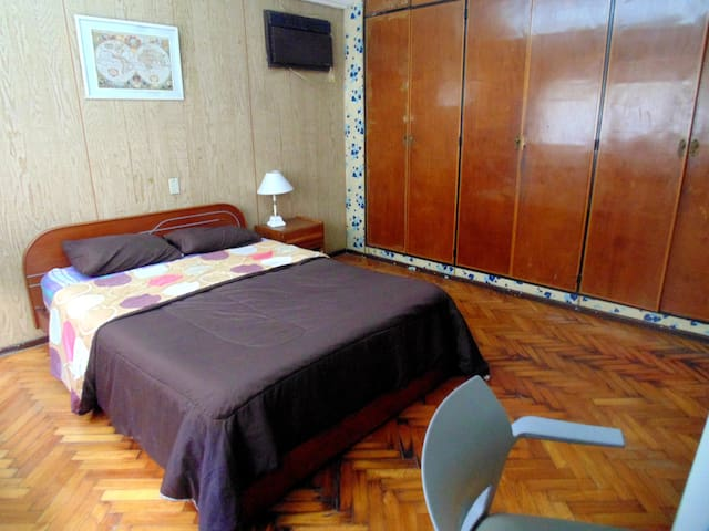Habitacion grande privada/ private room