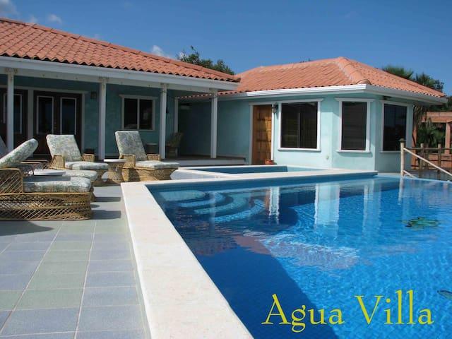 Beachfront with private pool, the Agua Villa!