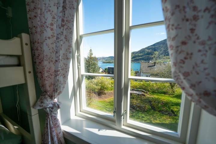 Apartment in old farmhouse in Norheimsund