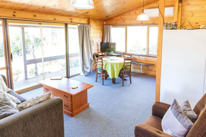 Cosy, spacious, relaxing, Ruapehu Alpine Retreat - National Park - Hus