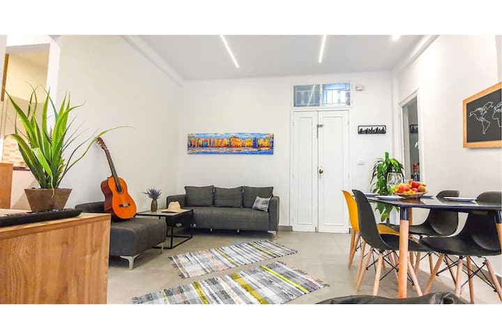 Cozy apartment in the heart of Mar Mikhael