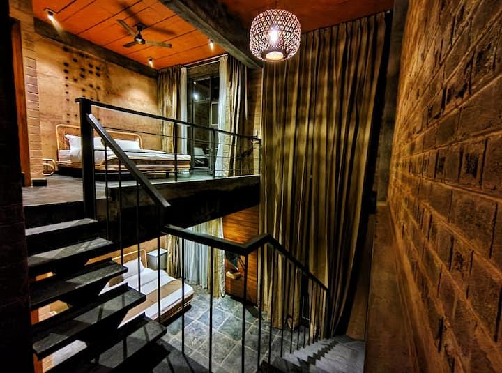 Sunyata eco hotel- Premium duplex suite room