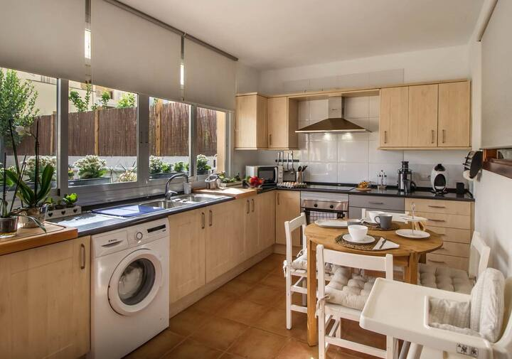 Fabulous apartment with parking, for 4 people