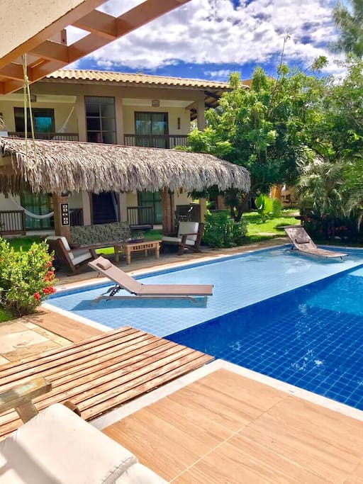 Vista da Piscina - Pool Deck View