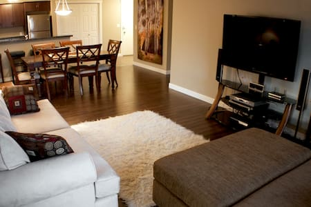 3 Bedroom Luxury condo on Lake Windermere. - Invermere