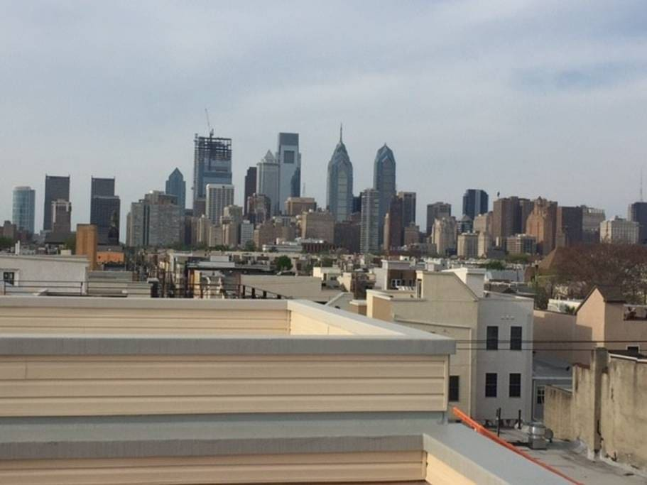 Roof deck w/ spectacular 360 degree view of the Philly skyline.