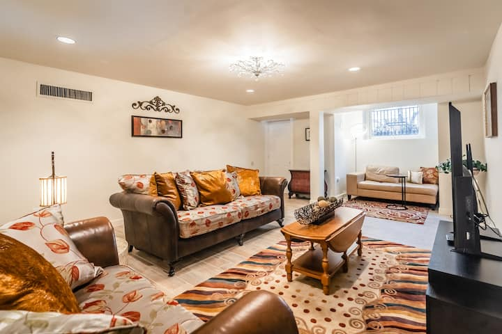 B-Immaculate & cozy 2BR/1BA retreat in Dupont Cir.