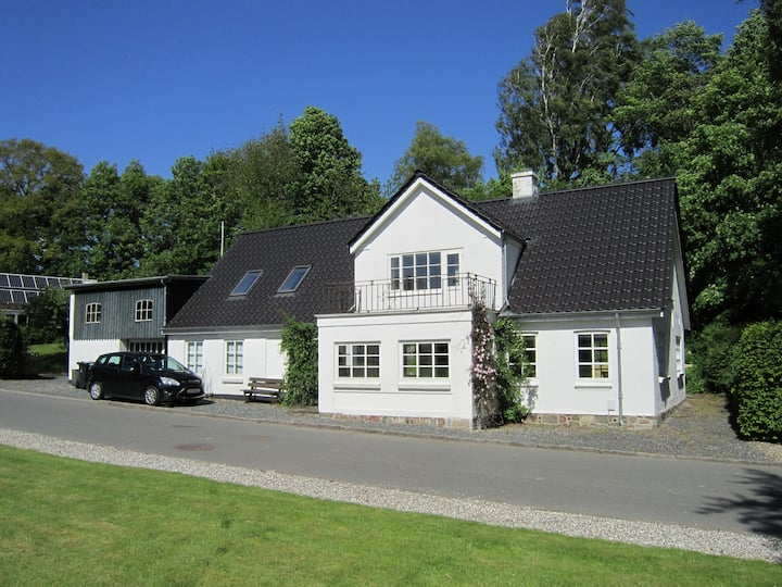 Charming village house, sleeps 9