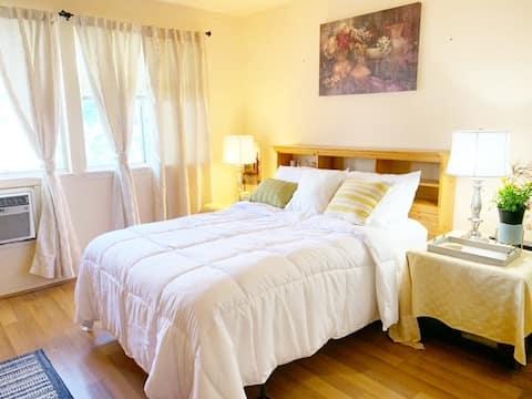 Master Bedroom Rental Near Ocean and Mountain