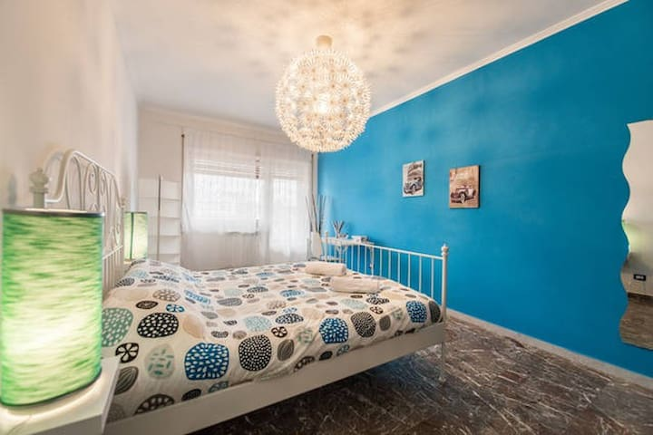 GRECALE room (blu central) - shared bathroom