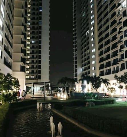 NEW cosy 2BR Condo just next to Setia City Mall