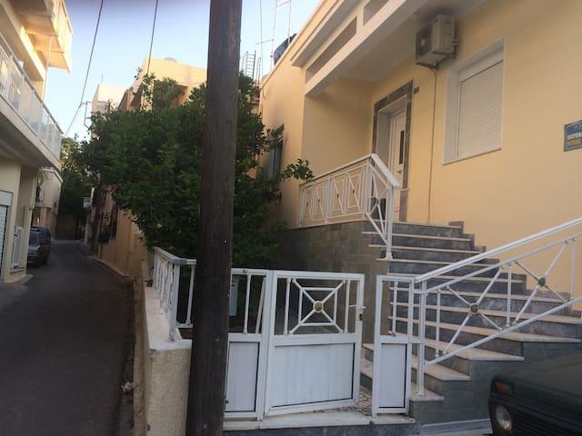 ΜΟΝΟΚΑΤΟΙΚΙΑ ΧΙΟΣ ΧΩΡΑ