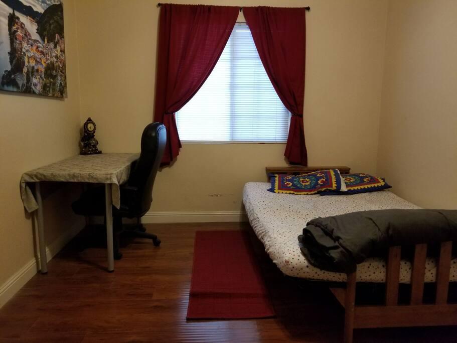 Futon bed (Queen size)