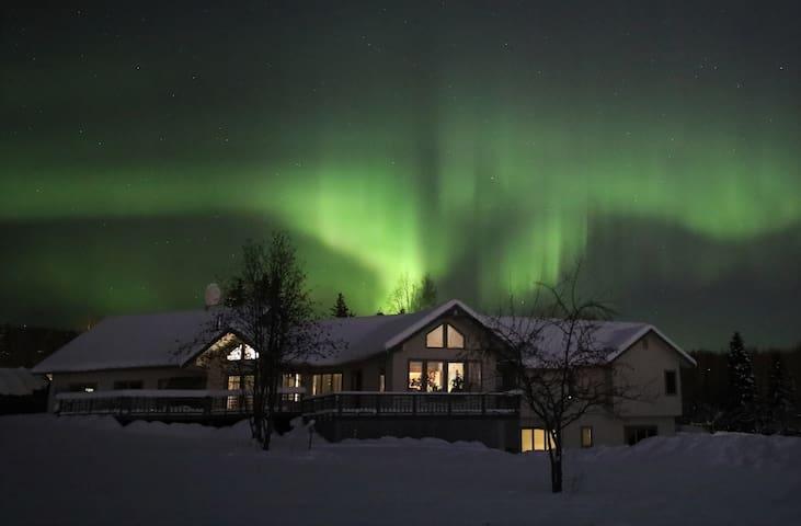 360° Aurora & Denali View House 360°极光盛宴庄园4卧4卫