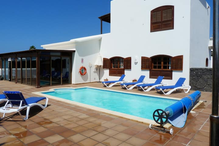 Villa MALE, FARO PARK Playa Blanca