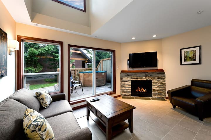 55 Glaciers Reach, this 2br home has a hot tub & pool in Whistler Village