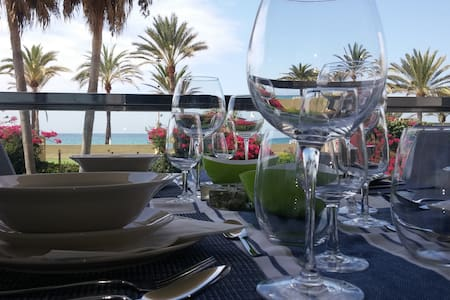 웃웃✈Front Sea Wide Terrace+Pool+Parking - Palma