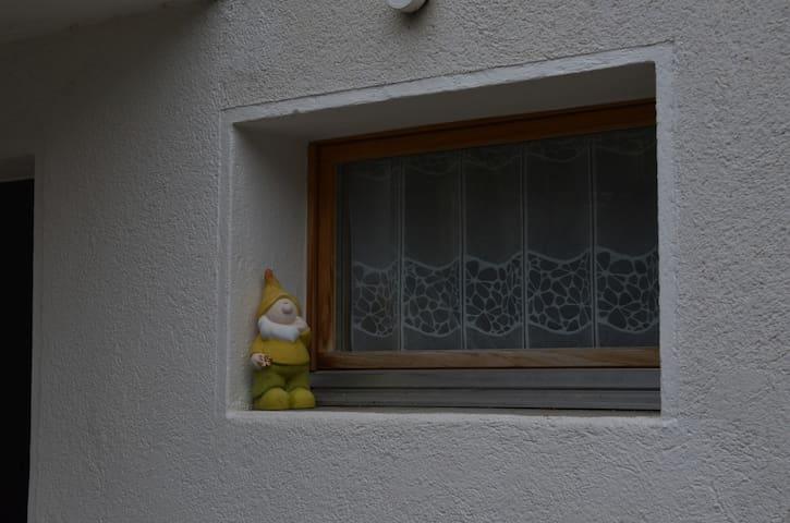 Kippfenster im Korridor