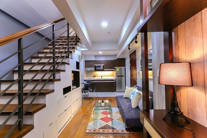 Brand New Chic Loft across Greenbelt Mall - Makati - Loft