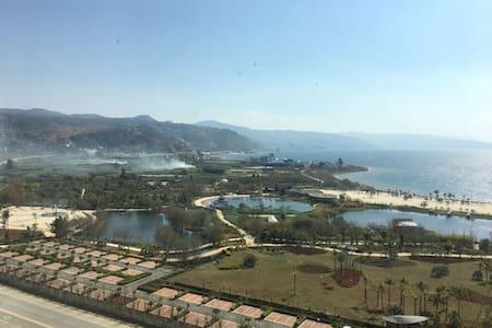 玉溪澄江抚仙湖無同精品度假酒店 - Yuxi - Betjent leilighet