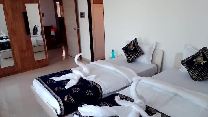 CLS Siddhivinayak Home Stay