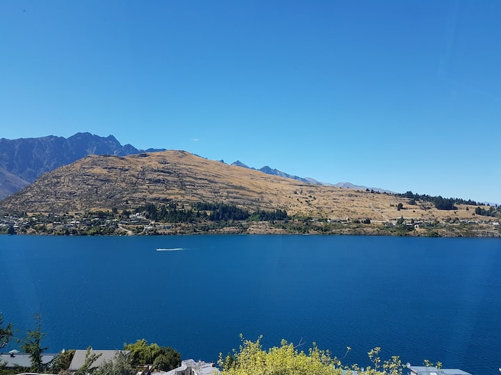 Queenstown Lakeside B&B - Twin room