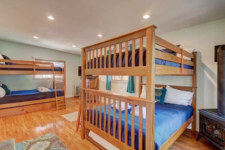 Full sized bunks that are adult friendly. There are pull-out twin trundle beds beneath each bunk also