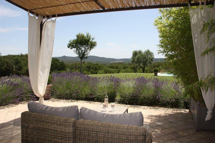Une petite maison en Provence - Rognes - Ev