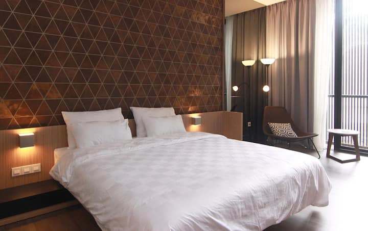 Private Deluxe Room at Karet Kuningan Area