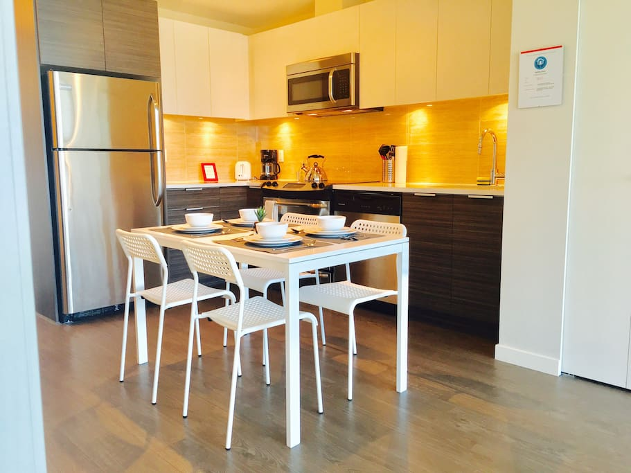 Fully equipped kitchen with a cute dinning area