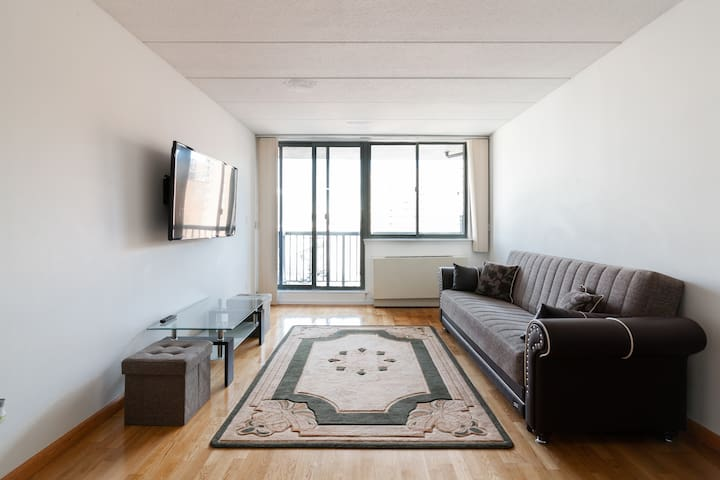 Gorgeous condo 20min from NYC,close to the airport
