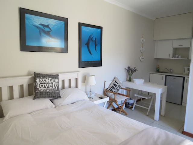 Dolphin place - self catering accommodation - Cape Town - Huoneisto