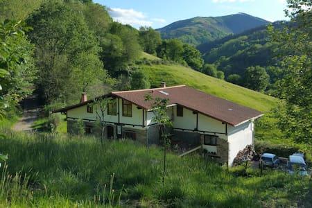 Rural Hotel** 2p Bed&Breaksfast PIKUKOBORDA (H2) - Lesaka - Bed & Breakfast