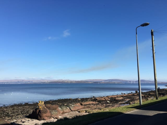 'Sea la vie' Isle of Bute sleeps 6 - Kilchattan Bay - Квартира